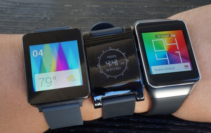 android-wear-vs-pebble